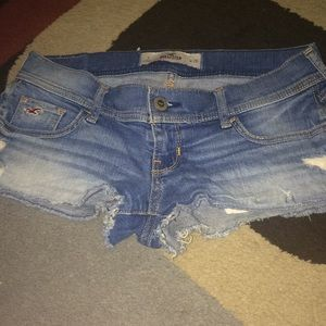 Jean shorts hollester size 4